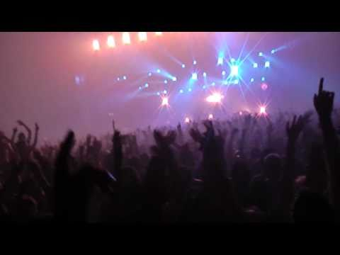 Prodigy Live Athens 17-9-2010 Out Of Space HD