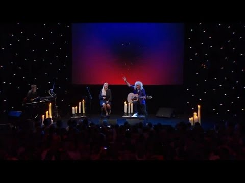 Brian May & Kerry Ellis - Somebody To Love (Live at Montreux 2013)