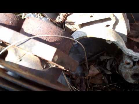 Bigjermsgarage vs American Pickers, Motorcyle Junk
