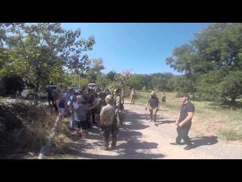 Драка между активистами самообороны и охраной стройки на Фонтане