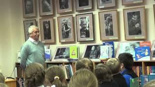 Гатчина. Детская библиотека. Открытие фотовыставки, встреча с писателем, с. Махотиным