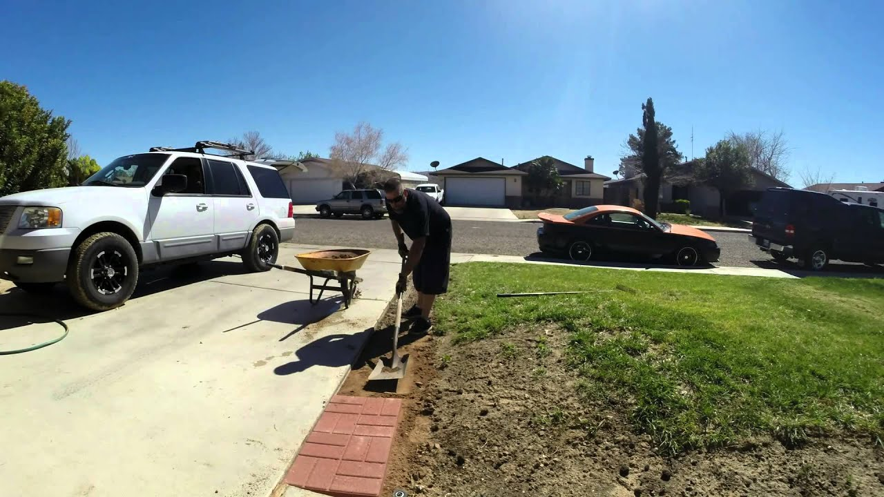 Pavers along driveway time lapse youtube solutioingenieria Images