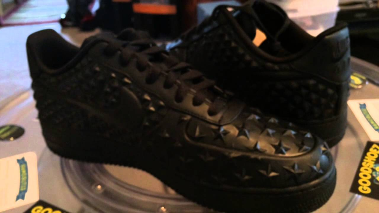 Nike Air Force 1 LV8 VT Black Stars colorway 8.1.2015