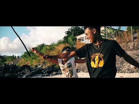 Guirri Mafia - Ce Bandit La feat. Mohamed Cheik Clip By CineAst
