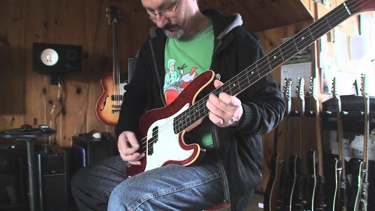 Fender Aerodyne Precision Bass Guitar Demo