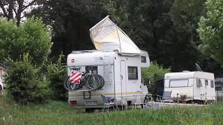 Camping Innsbruck Kranebitter - Markiisi lentää