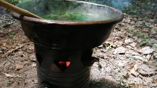 Bushcraft cooking - cucina nel bosco: bigoli alle ortiche / pasta with nettles