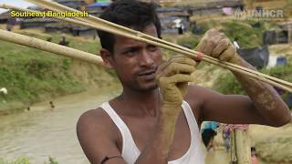 Bangladesh: Rohingya build shelters as crowds grow
