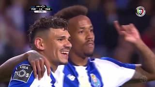Goal   Golo Éder Militão: FC Porto (2)-0 Marítimo (Liga 18/19 #26)