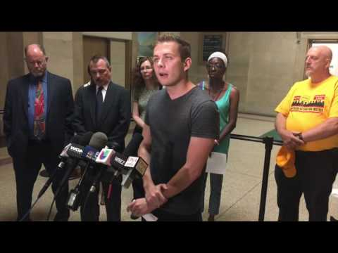 Chicago City Council Violates Illinois Open Meetings Act, Say Activists