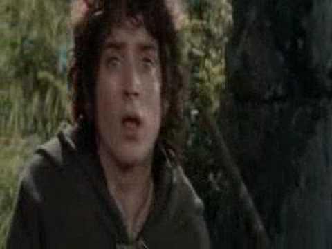 Пиппин роняет скелет гнома в колодец. Властелин колец: Братство кольца.