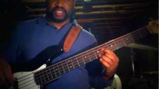 Bass Lesson: Trading My Sorrows (Yes Lord)