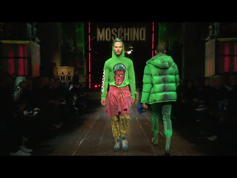 Moschino Fall/Winter 2016-17 Menswear Show