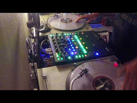 """DJ Mike C """"Juggle Trainer"""" routine -  Kame House 2017 Round 1"""