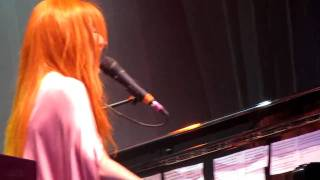 "Tori Amos ""Beauty Queen/Horses"" Live at Iveagh Gardens Dublin 16th July 2010"