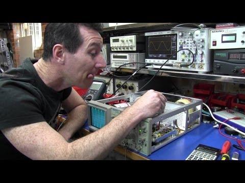 Tektronix 2225 Oscilloscope Teardown and Calibration - EEVblog #208
