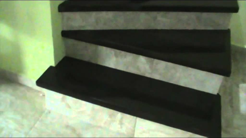 Escaleras color chocolate de encino solido youtube for Escaleras de cemento con madera