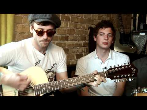 Guild Lounge: PortugalThe Man Perform People Say