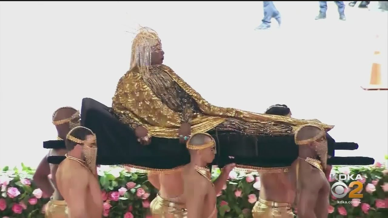 Billy Porter Dressed In Golden Outfit With Wings For Met Gala