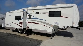 Family Fun 5th Wheel Ideal For Summer Vacation! 2005 Cardinal 31