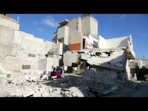 سوريون في قلب المنازل المهدمة  - نشر قبل 3 ساعة