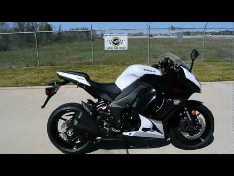Overview And Review Of The 2013 Kawasaki Z1000 Golden Blazed Green