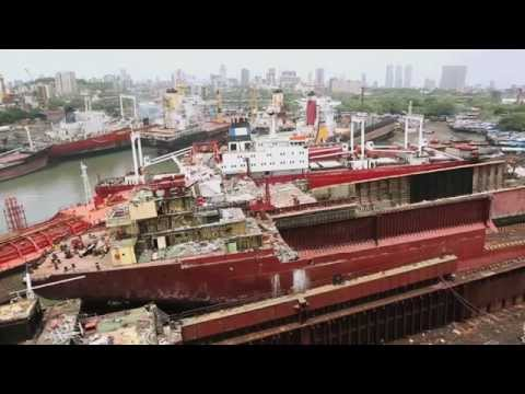 Life In Mumbai's Shipbreaking Yards
