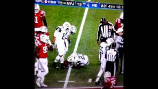 Shonn Greene gets hit hard by Brandon Spikes