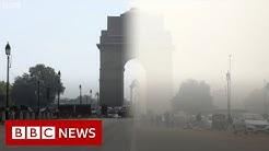 Coronavirus: Smog pollution in Delhi vanishes - BBC News