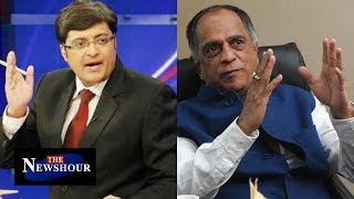 Arnab Interviews Pahlaj Nihalani | Sanskari James Bond | The Newshour Debate (24th Nov 2015)
