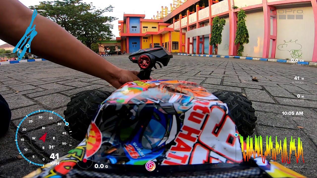 Ngabuburit Main FPV Rc Car 1/10 Brushless Motor di Stadion Gelora Bangkalan картинки