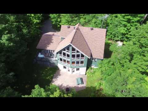 Vacation Rental Close To Ottawa, Ontario, Canada. (Ledlow Cottage)