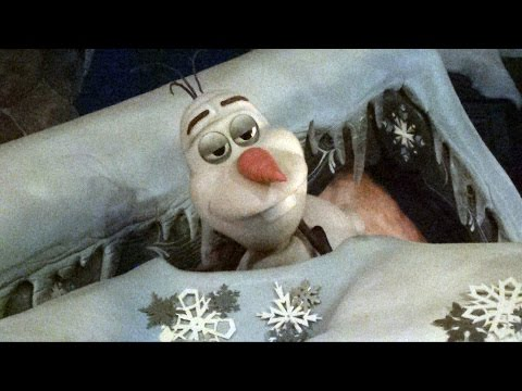 Olaf Animatronic Snowman from Disney's FROZEN Sleeping, Snoring and Waking Up at Disneyland - MouseSteps / JWL Media  - mH_eSpgvmqw -