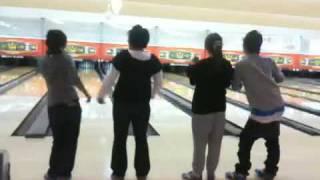 2009.11.4 まみ氏、はん、4番、鈴木弟による尻文字芸.