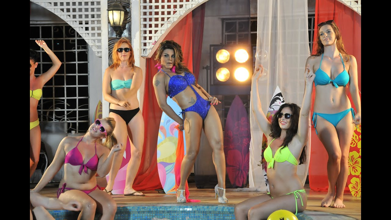 Rakhi Sawant Hot In Bikini