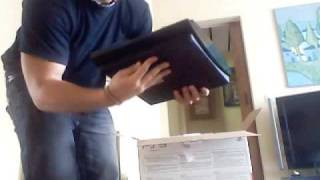 Gambar cover Unpacking PS3 Slim *Real* (slighty comedified)