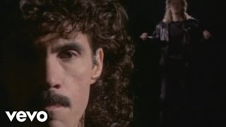 Daryl Hall & John Oates - Missed Opportunity