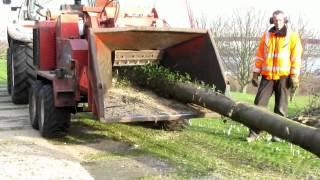 Bomen versnipperen op het Noordereiland met Morbark 2400XL