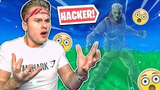 THIS GOZER HACKS, HE IS INVISIBLE!! -Fortnite Battle Royale (English)
