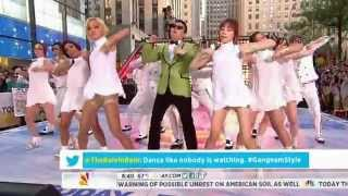 Psy performing Gangnam Stye LIVE in NBC Today show!! NYC has gone C...