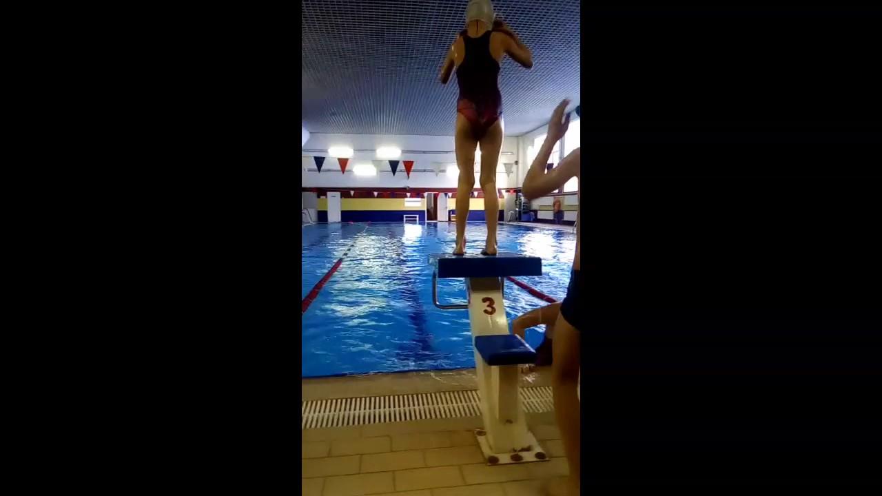 секс в общественном бассейне скрытая камера - 9