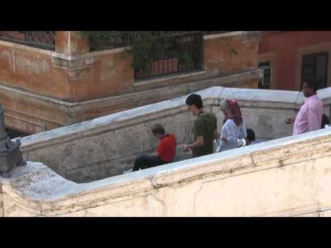 Scam on the Spanish Steps