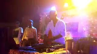 DJ avi live show