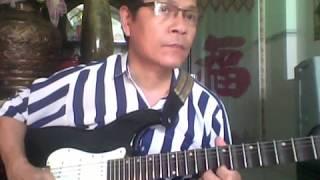 Guitar cổ bài Bến sông chờ