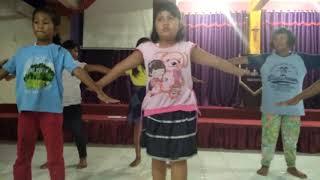 Dance Club Dance Maranatha Batu Aji(2)