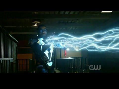 Download Black Lightning VS Criminals Fight Scene - Black Lightning Season 1 Episode 1
