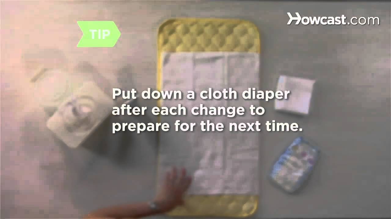 how to change a disposable diaper