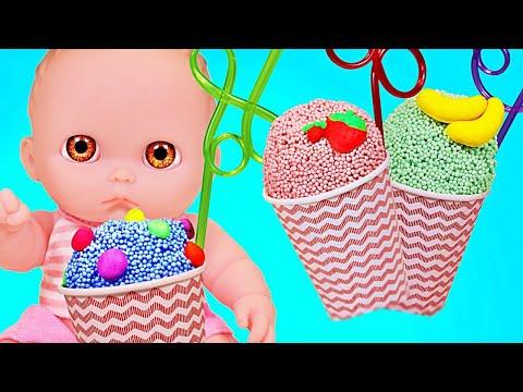 Куклы Пупсики пьют молочные коктейли/ЧТО ПОПАЛОСЬ В КОКТЕЙЛЯХ?/открываем сюрпризы/Зырики ТВ