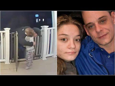 Un bambino abbraccia il fattorino delle pizze: non sa che è un papà che ha appena perso sua figlia