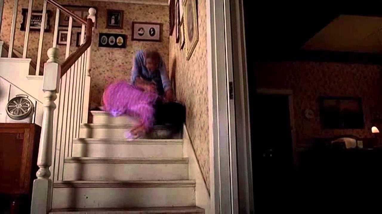 Download True Blood - Violet protects Jason (6x10 Finale)